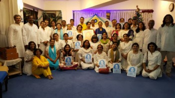 Dr Aditya with Ananda Devotees in the Ananda Pune Center